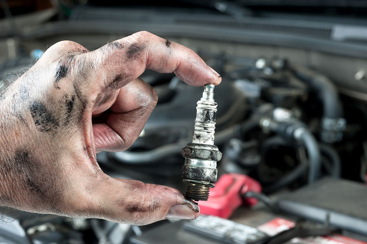 6 Best Spark Plugs - (Reviews & Ultimate Buying Guide 2019)