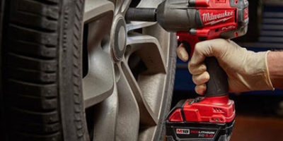 Cordless Impact Wrenches Featured Image