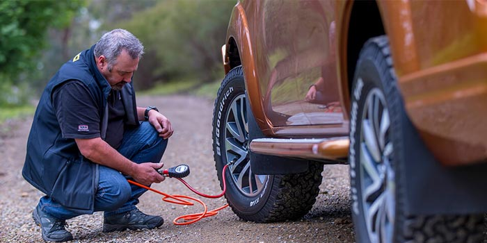 tire inflator features & specifications