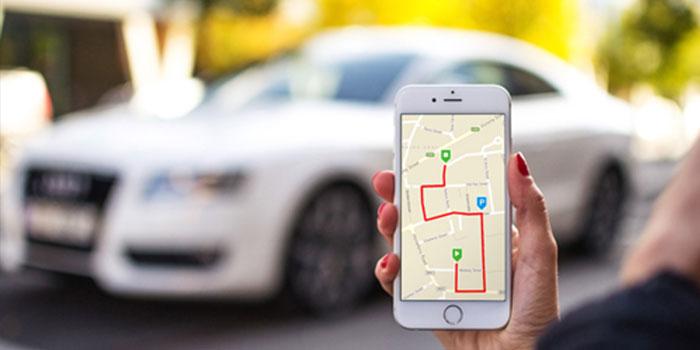 choosing a GPS tracker for car
